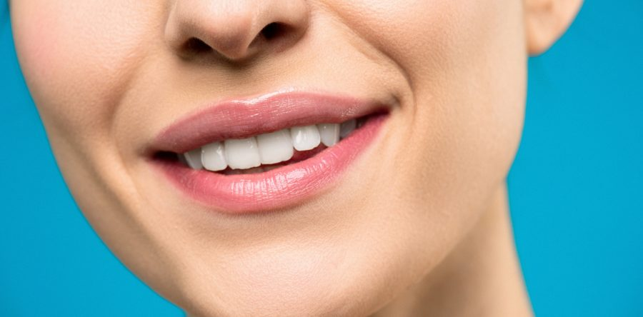Living With Sensitive Teeth: The Causes